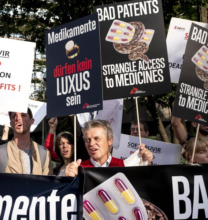 MSF and other civil society protests in Munich at the European Patent Office against Gilead's monopoly on sofosbuvir, Germany 2018.