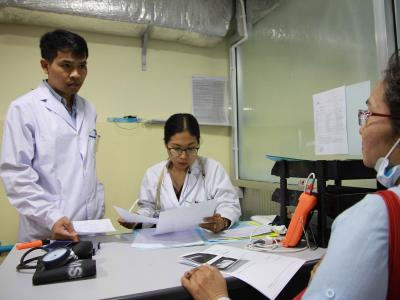 OCP MSF Hepatitis C clinic in Preah Kossamak Hospital, Phnom Penh, Cambodia. Photograph by Dean Irvine