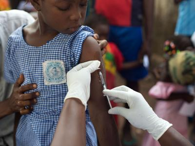 MSF launched a vaccination campaign against measles in an attempt to control the epidemic that was declared by the government of Guinea on 14 January 2014.